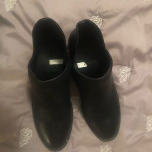 Black leather booties size 7 1/2